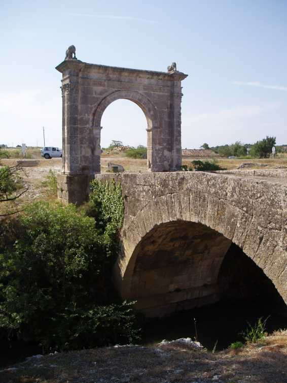 Pont Flavien - Photo utilis�e avec l'aimable autorisation de C. His